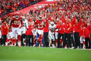 Chiefs devolveram a derrota sofrida em Oakland