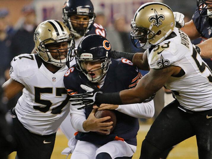 Cutler sofreu sete sacks da defesa dos Saints