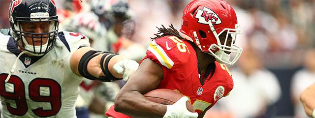 Charles recebeu 5 passes para 46 jardas e um touchdown