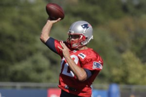 Brady volta aos Patriots no domingo