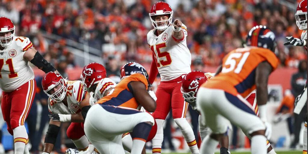 Chiefs amassam os Broncos em Mile High, mas Patrick Mahomes sai lesionado