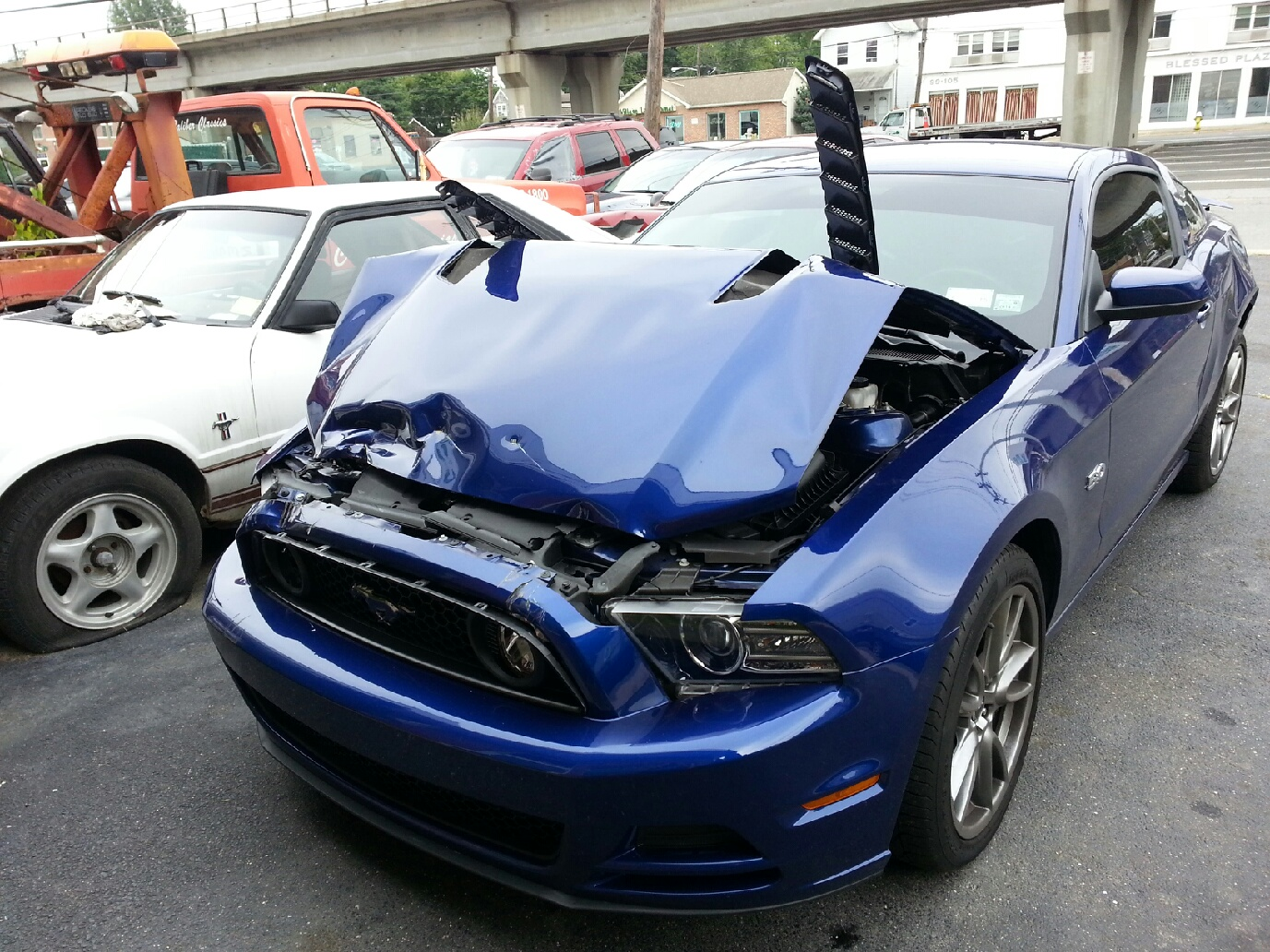 mustang-front-damaged