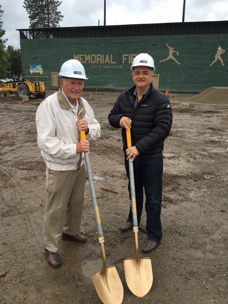 Bud Ford & Mayor Widmyer groundbreaking