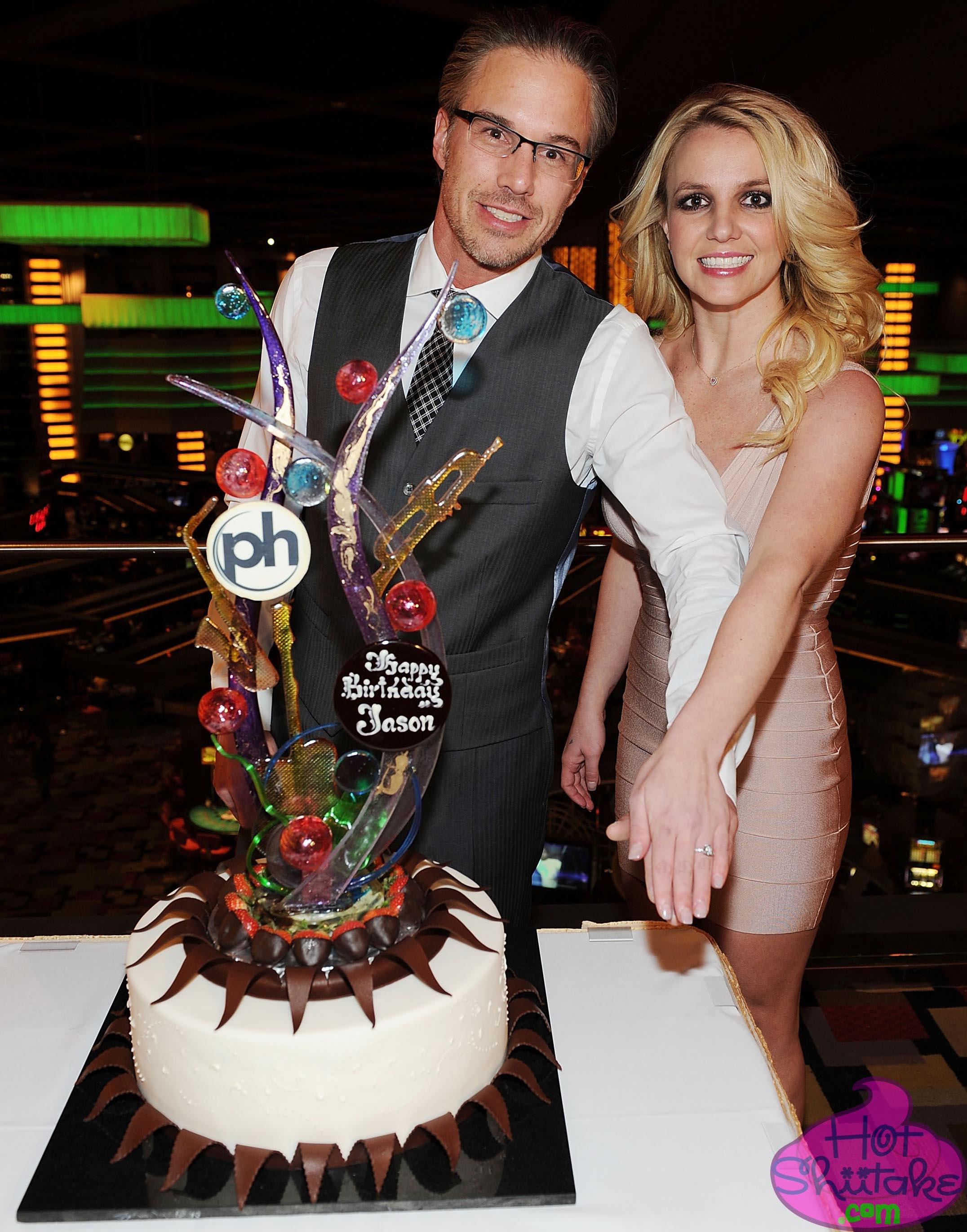 Britney Spears Engaged Jason Trawick