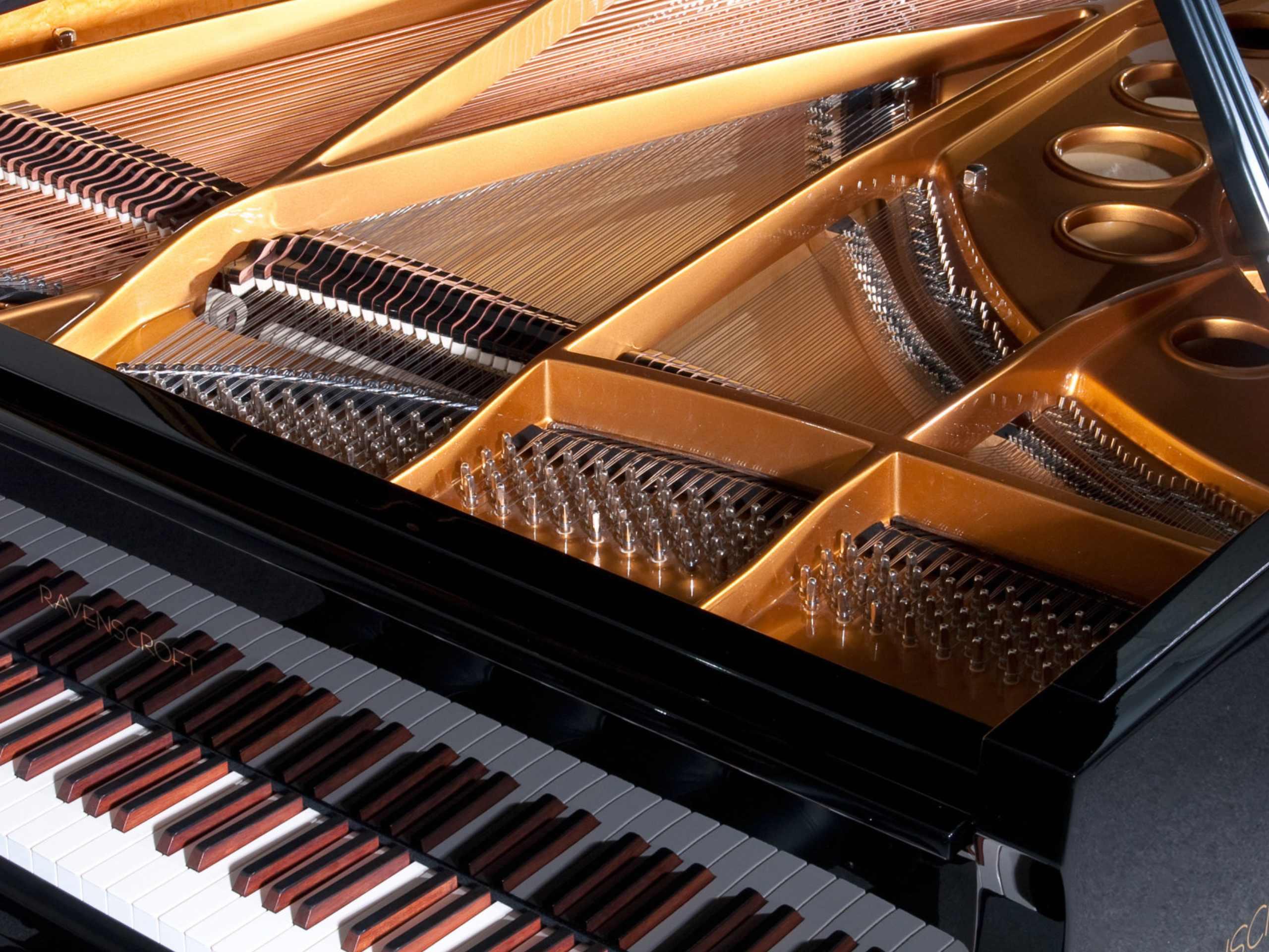 Ravenscroft Pianos