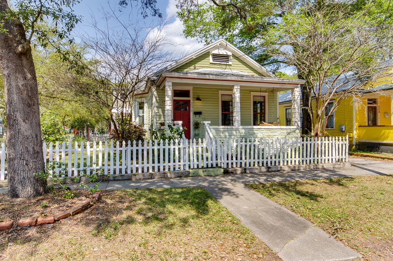 JUST LISTED: 305 E 4th Street 32206