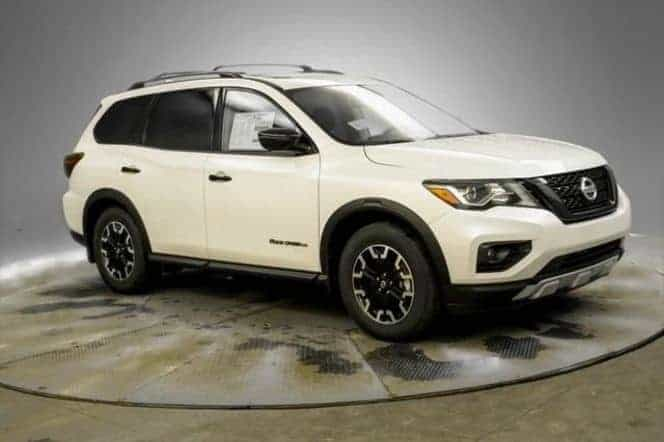 This image has an empty alt attribute; its file name is Pathfinder-Budget-SUV-for-Big-Guys.jpg