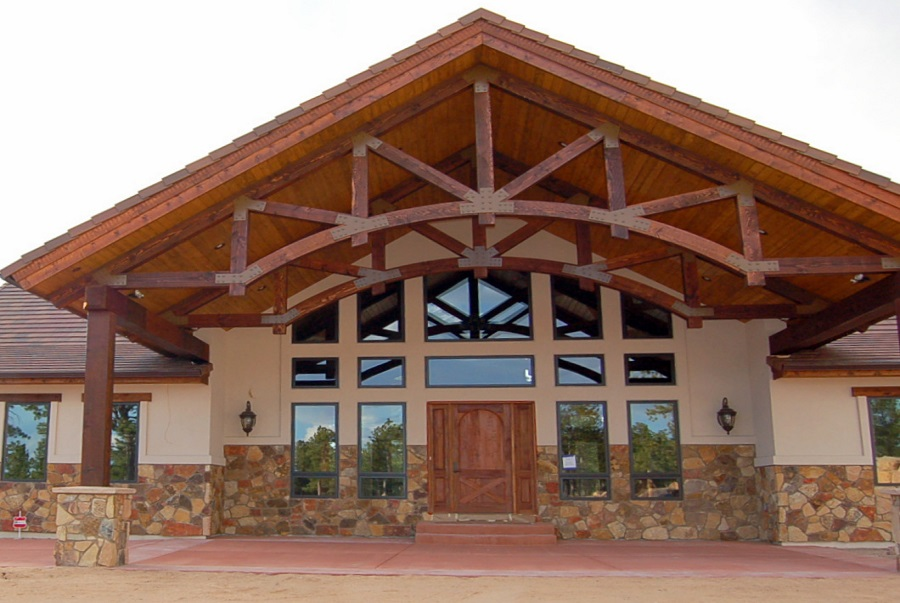 decorative & structural timber trusses