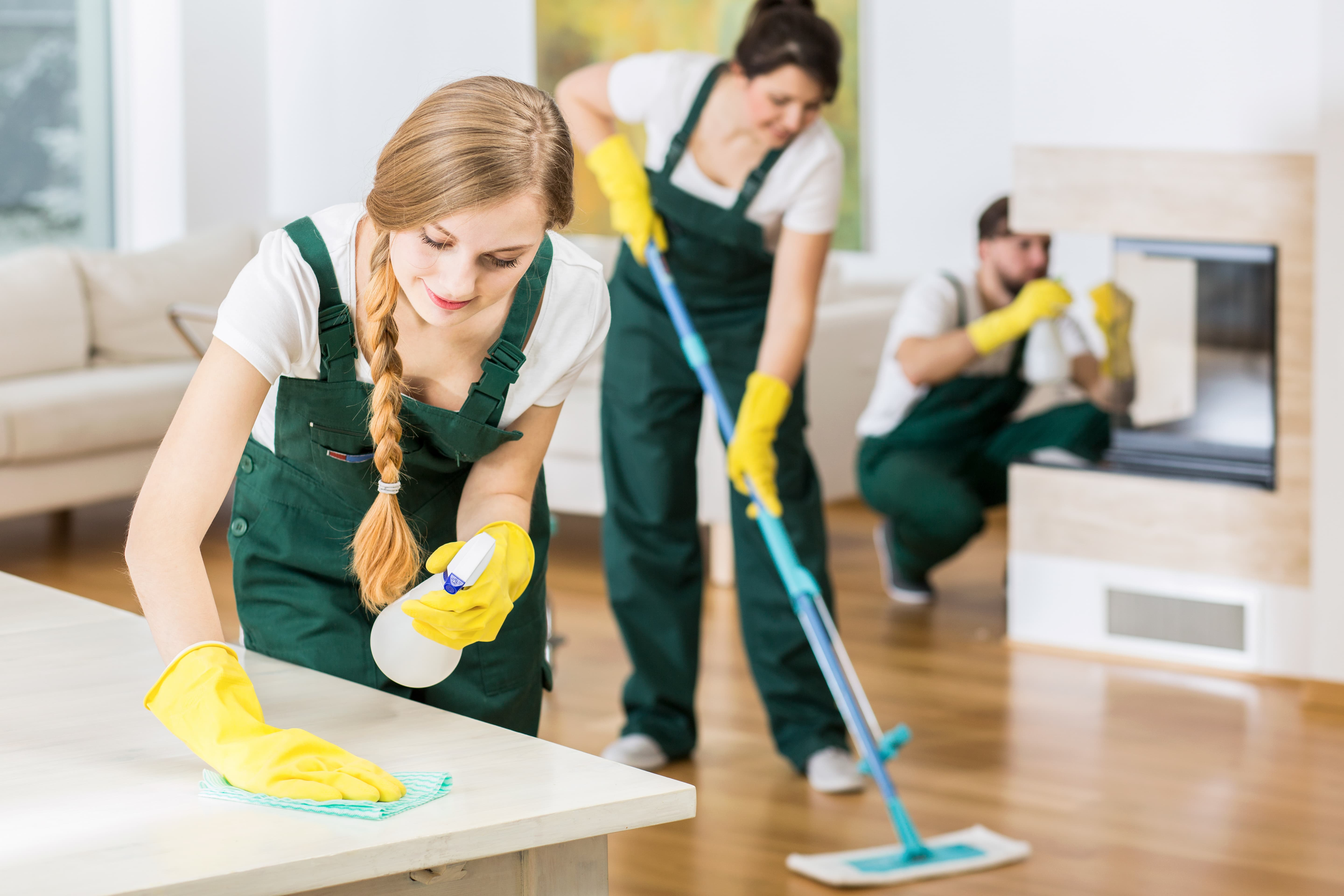 signs-its-time-to-hire-a-professional-cleaner