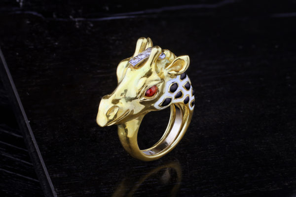 David Webb Enamel, Diamond And Gold Giraffe Ring