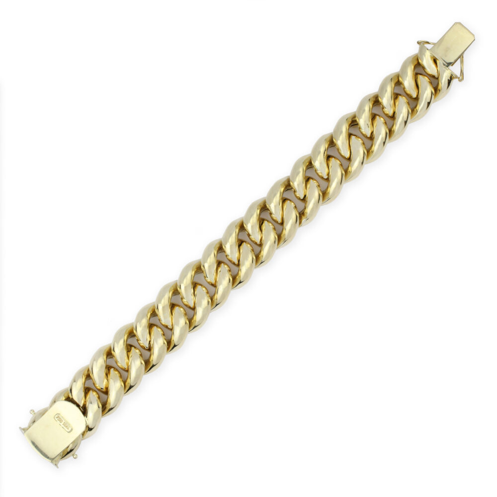 A Gold Link Bracelet