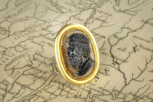 Antique Sardonyx Cameo And Gold Ring