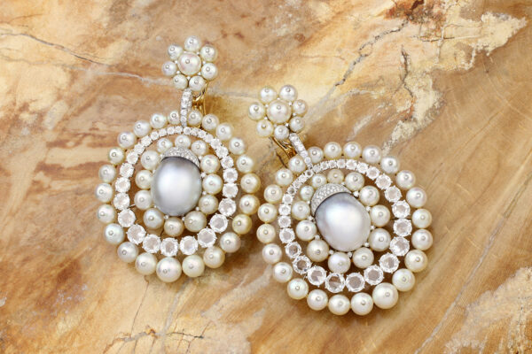 SABBA Natural Pearl And Diamond Ear Pendants» Price On Request «