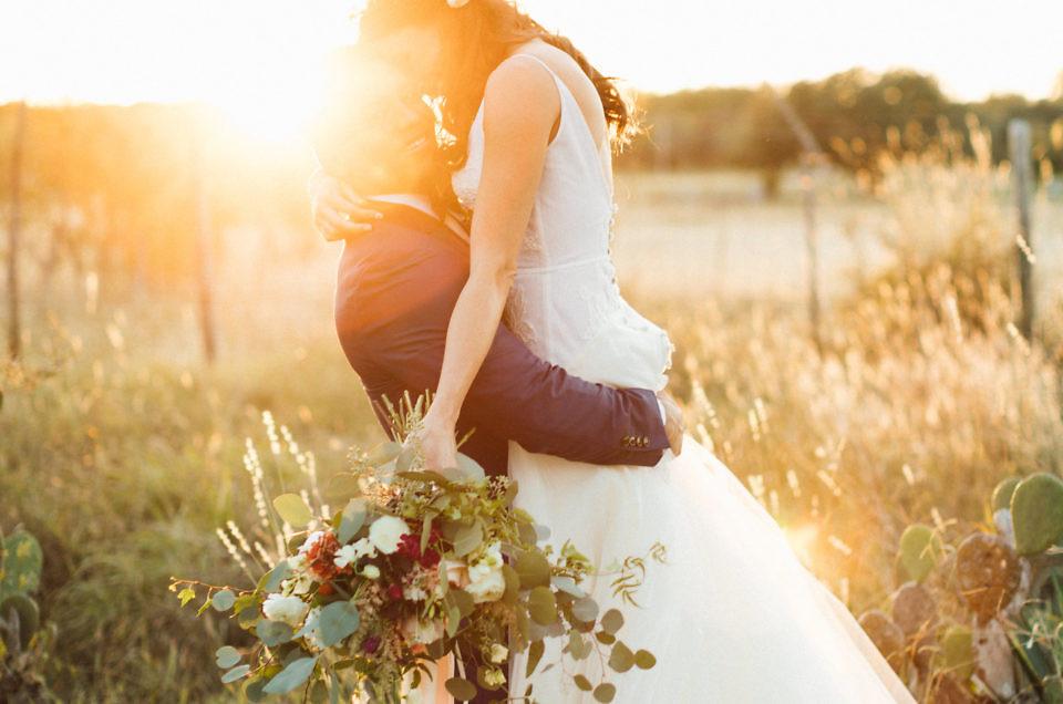 Andres & Ivy's October Wedding