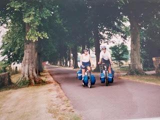Nathalie et Eric en vélo