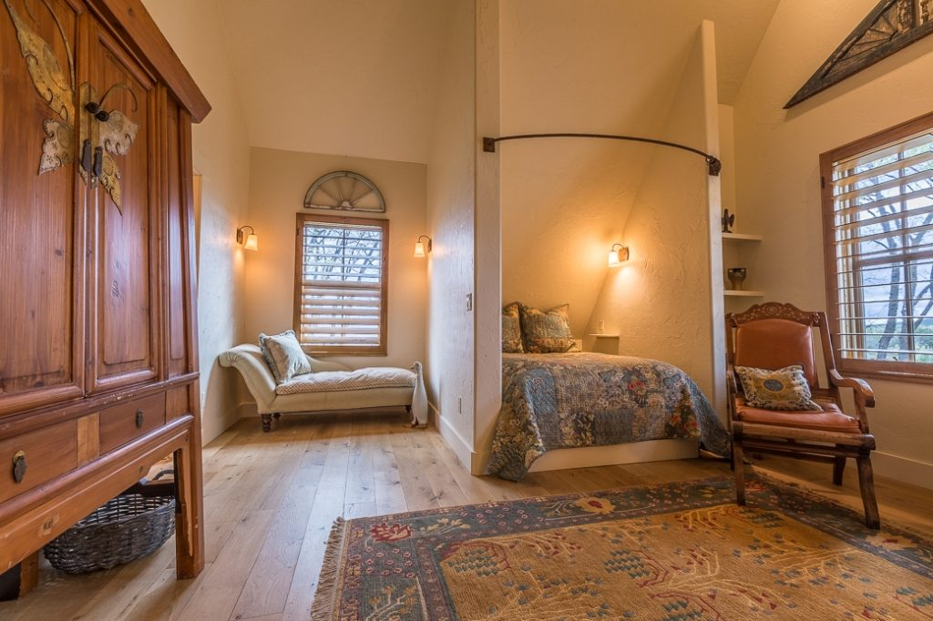 Loft Bedroom 2 SF
