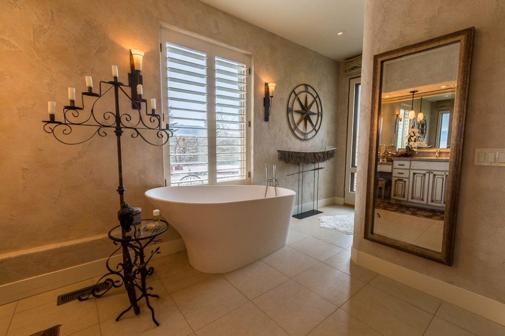 Master Bath 1 SF