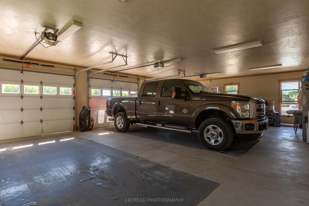 Loma Garage 1