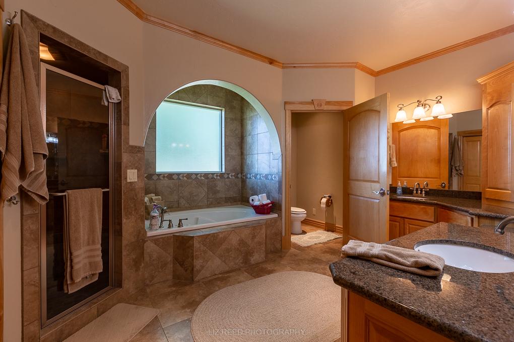 Loma Master Bath