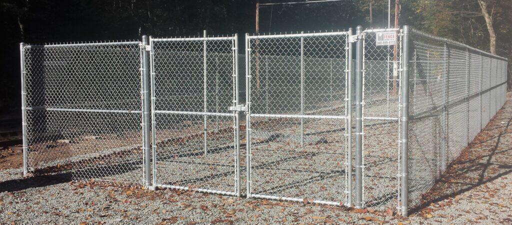 SLIDER - 7_ H Galvanized Chain Link Fence