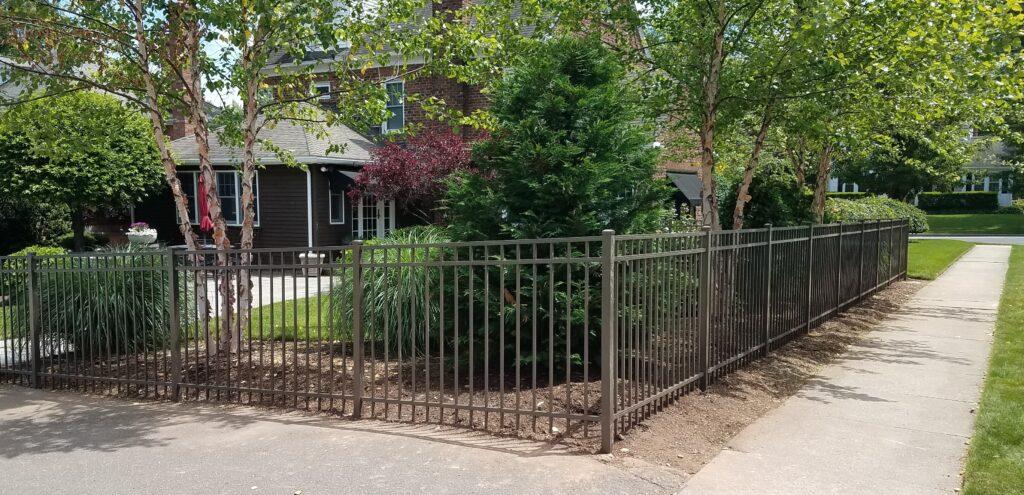 STRAIGHT TOP - Bronze Aluminum Residential Grade 1
