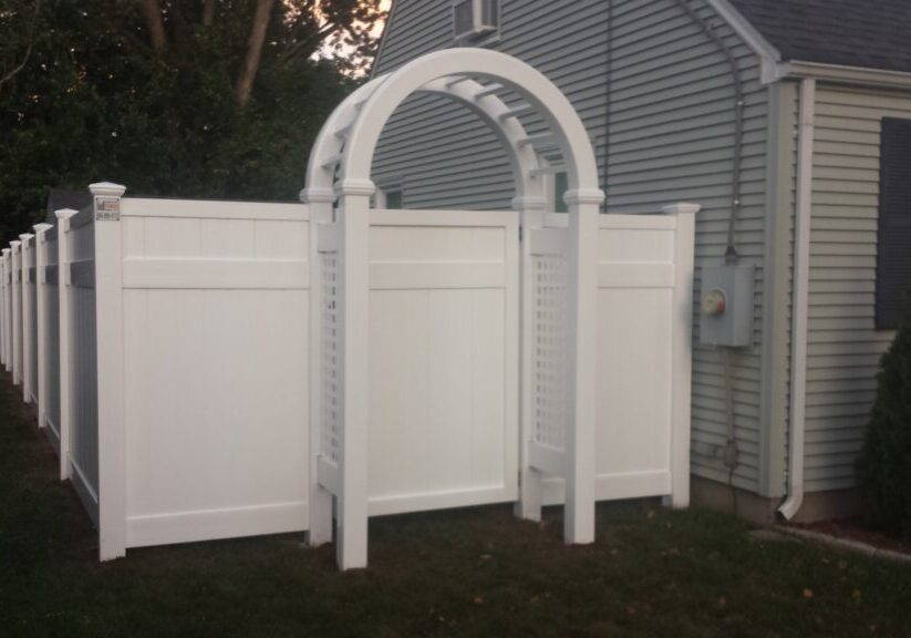 6_ H Solid Privacy Vinyl Fence With Solid Topper _ Arbor