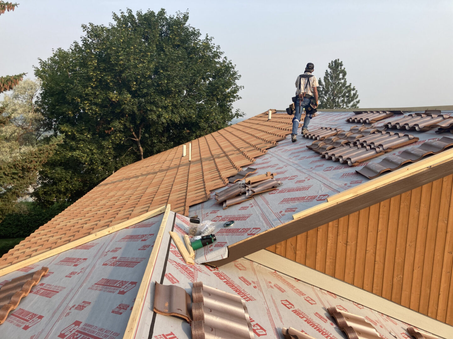 Roofing concrete installation