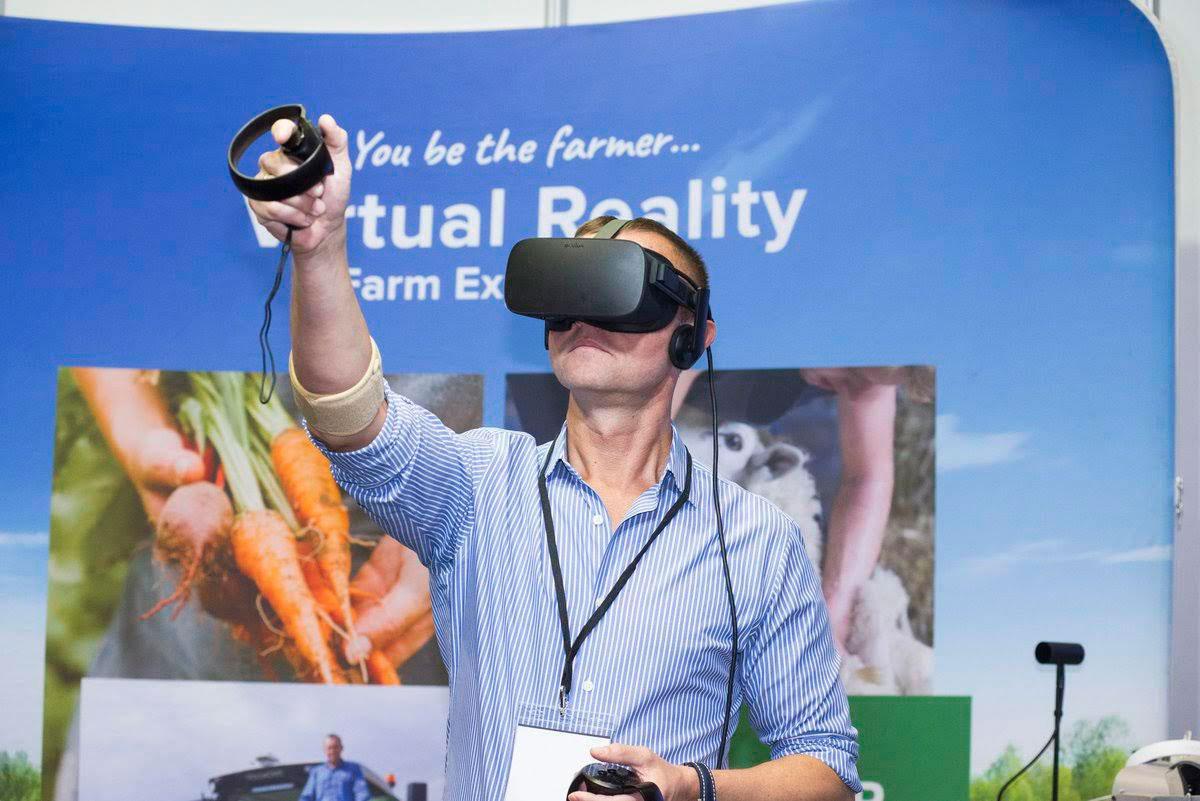 VR & AR Think Digital Production