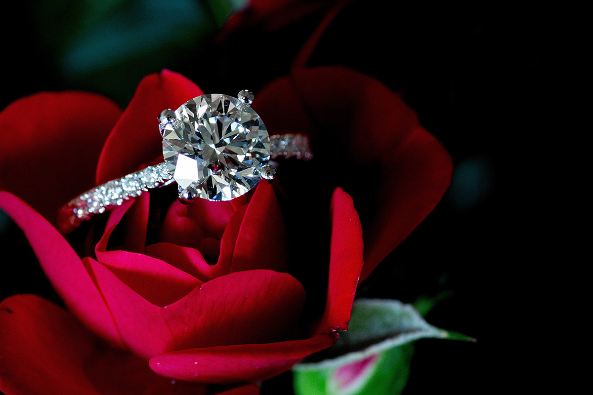Why You Should Buy Pawn Shop Diamond Rings
