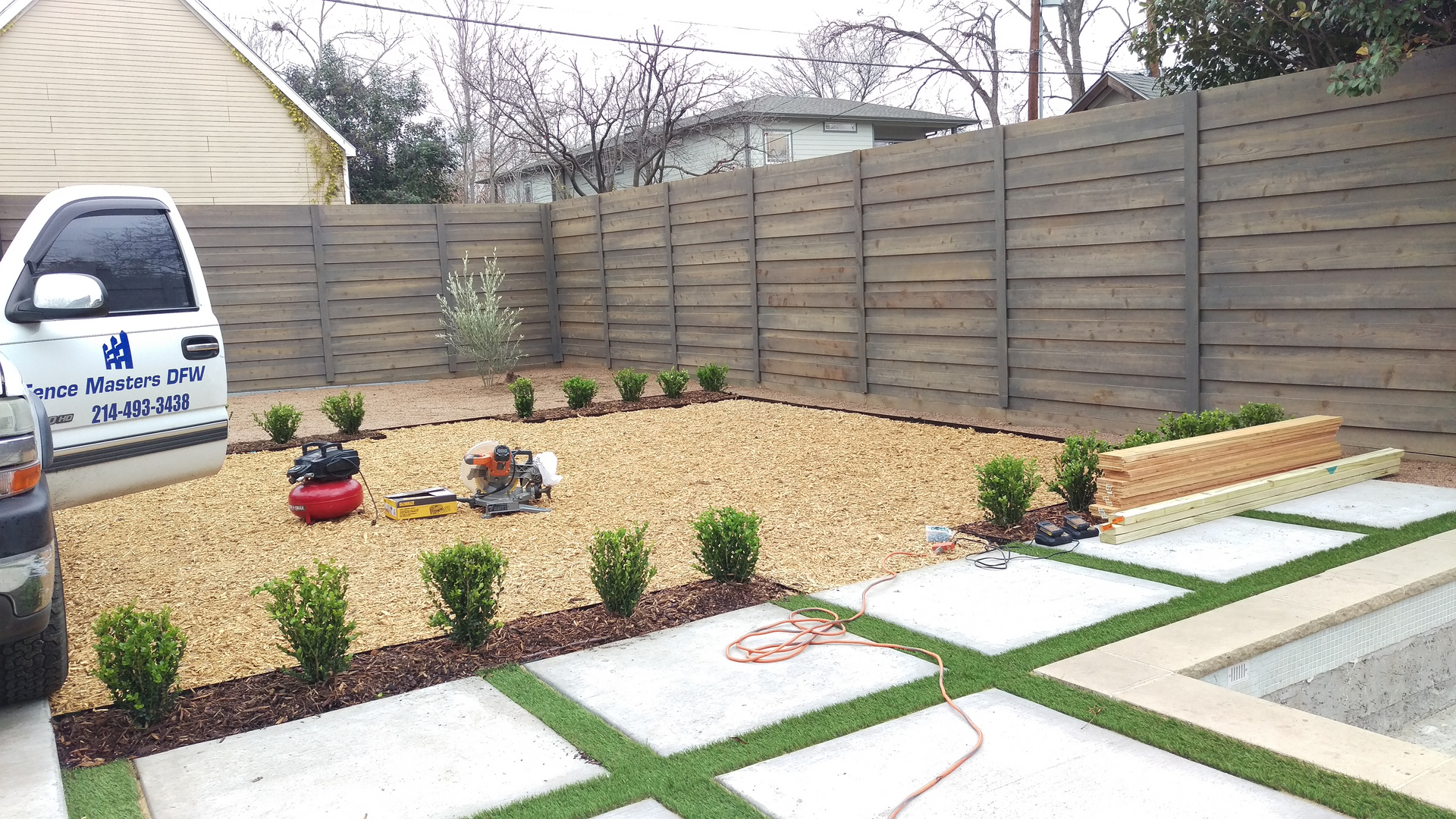 Modern style fence, let u help you with your wood fence designs