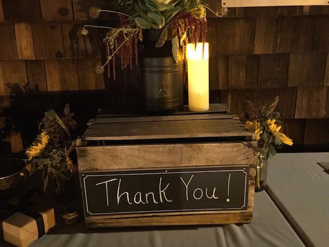 Gift box for envelopes for rustic wedding