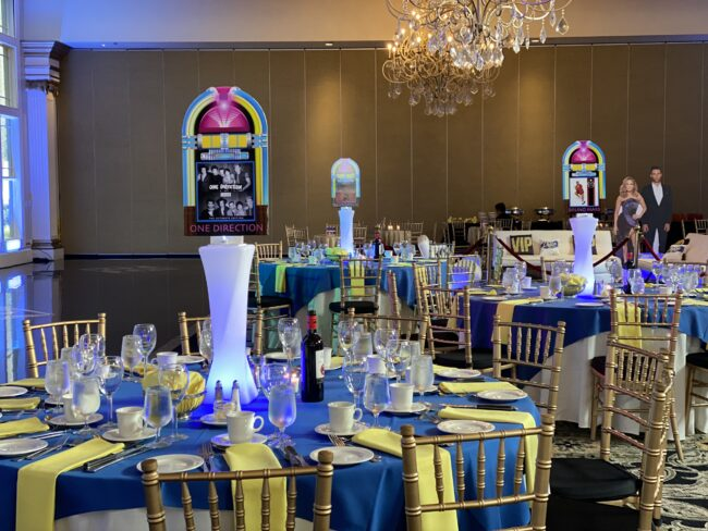 Center pieces and entrance to VIP area