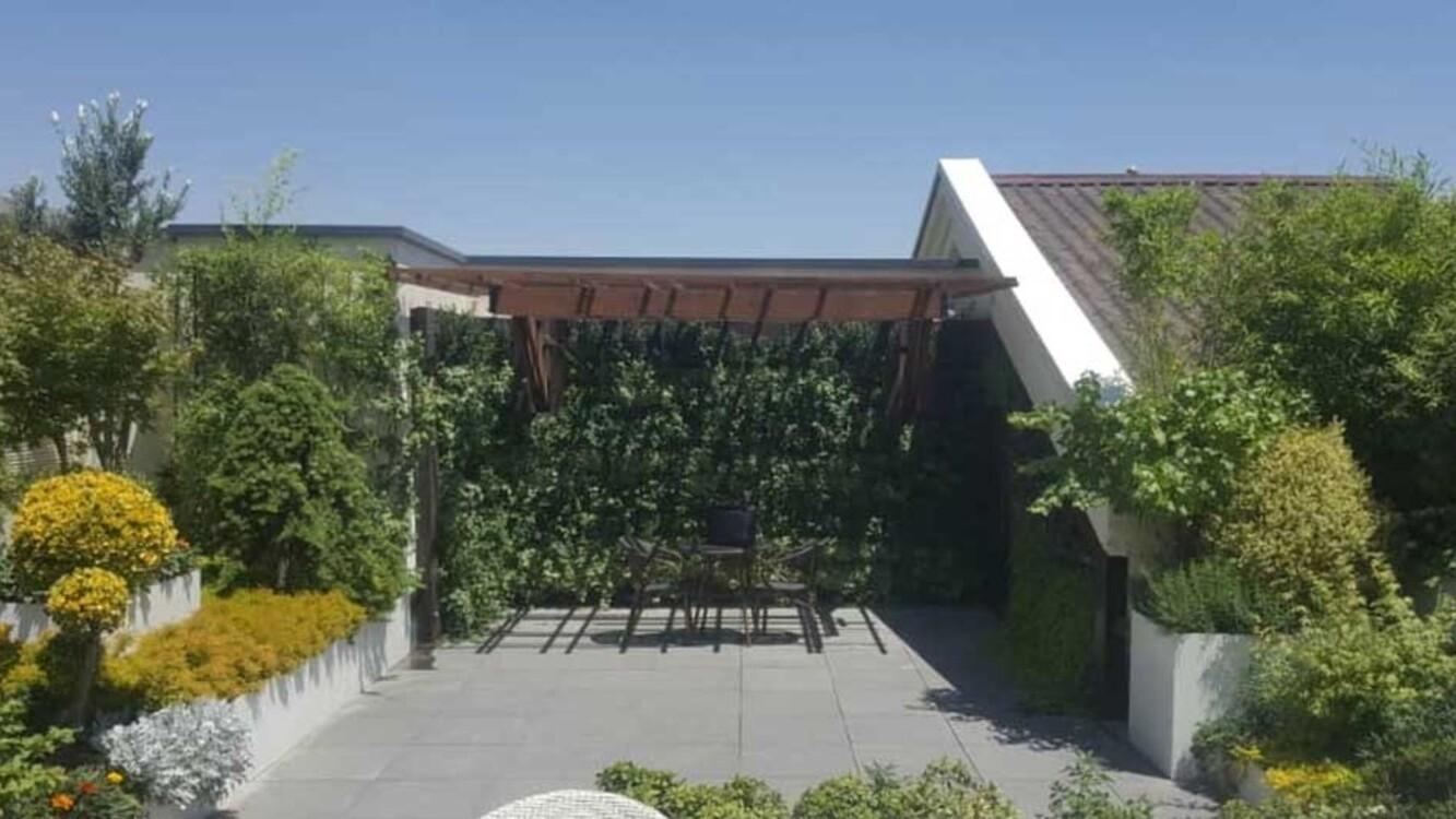 Jamshidieh Home Roof Garden