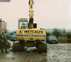 Metcalfe Plant Hire Old Photo of digger 5