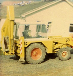 Metcalfe Plant Hire Old Photo of digger 2