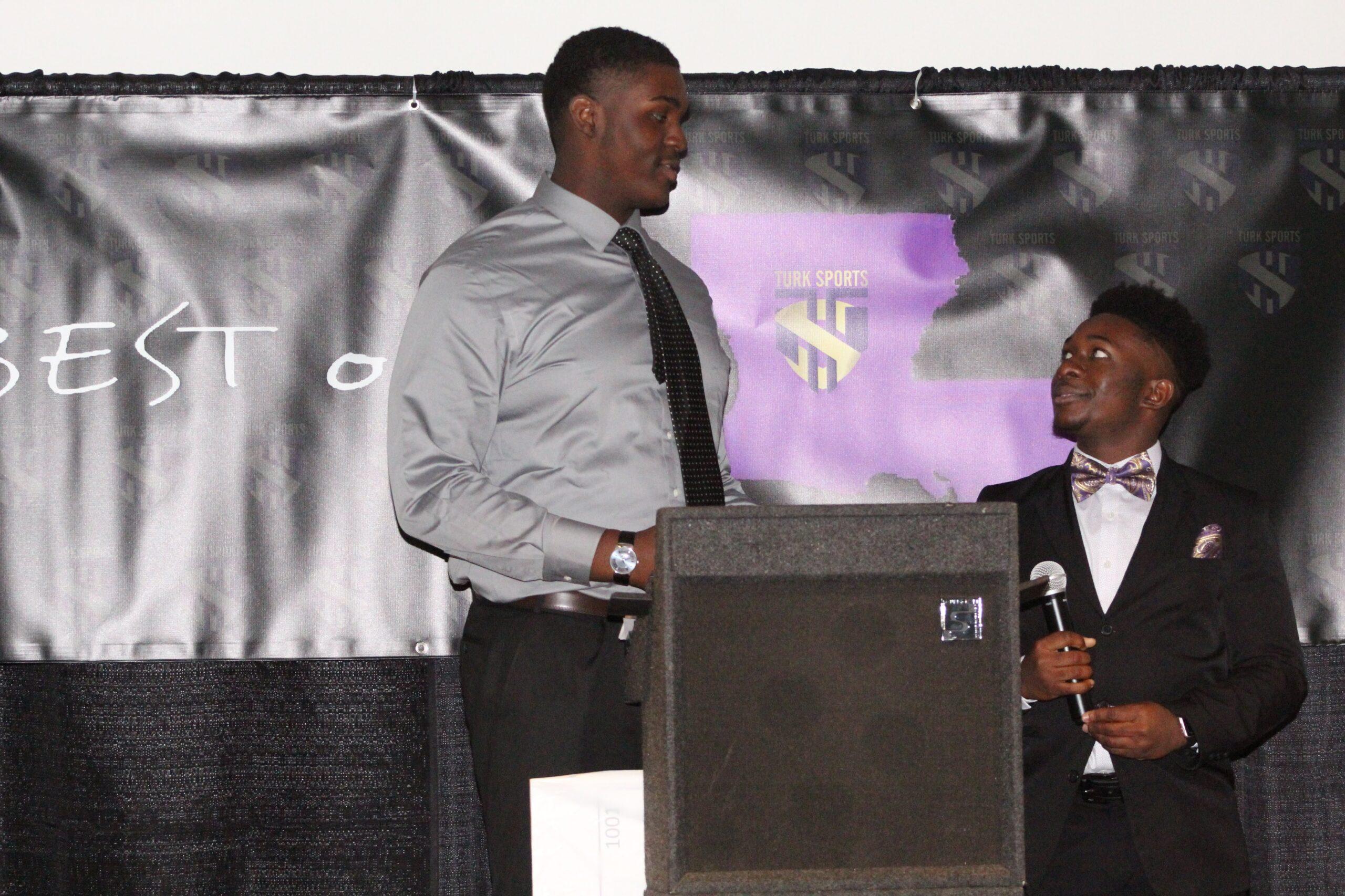 Kaleb Etienne & Lance Jones share a height joke