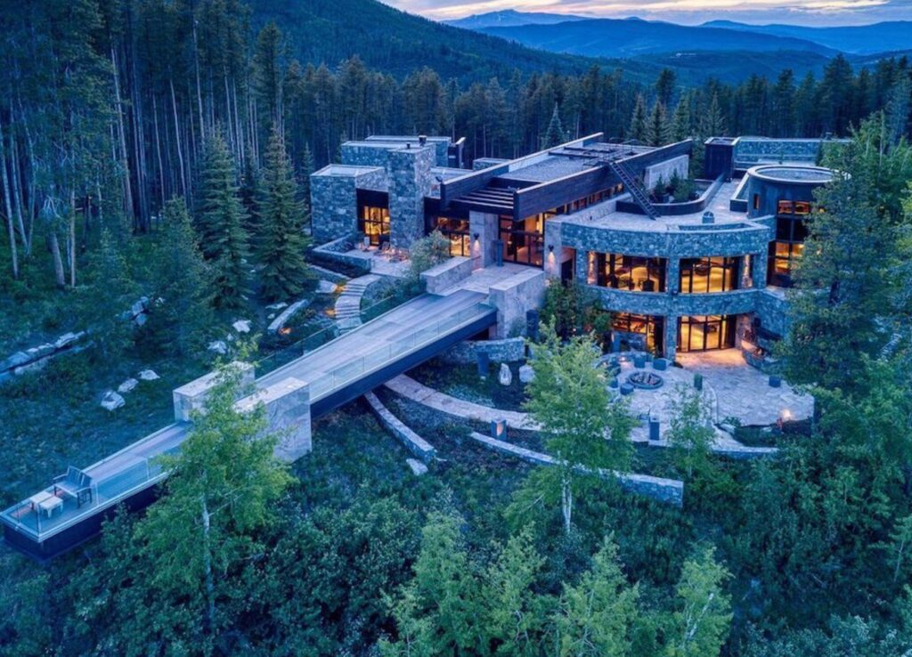 Mountain Mansion In Vail Valley