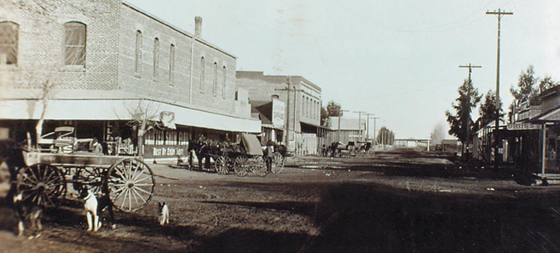 Old-Town-Clovis-Fifth-Street