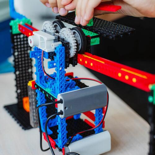student in robotics class