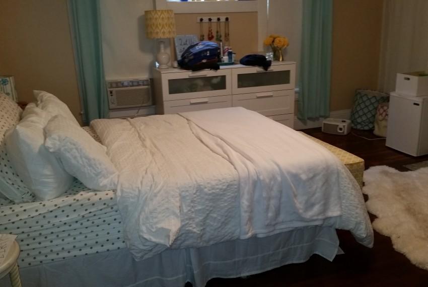 419WA bedroom