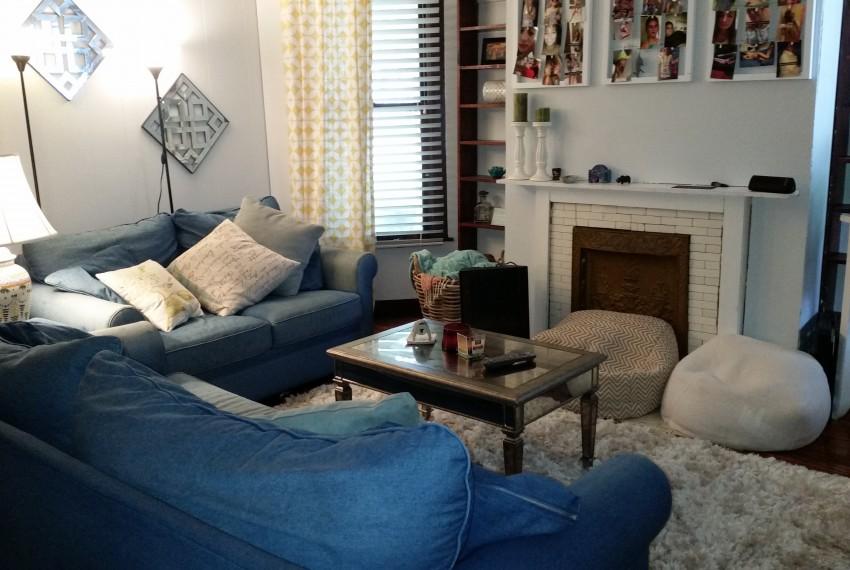 419WA living room