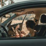 gril in car on social media