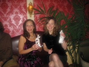 EKM and Moi looking very pleased with our holiday gift bags. Love those prezzies...
