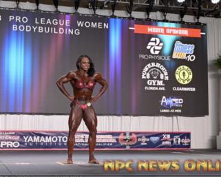 2020 IFBB Pro League Tampa Pro: Bodybuilding Winner LaDawn McDay Posing Routine