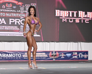 2020 IFBB Pro League Tampa Pro Masters Bikini  Winner Angela Ruscilli Posing Routine