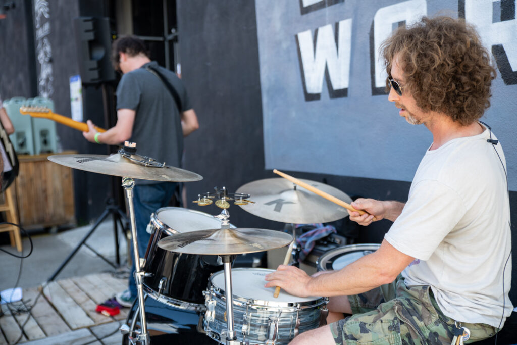 Tuff Sunshine performing outside 18th Ward Brewery