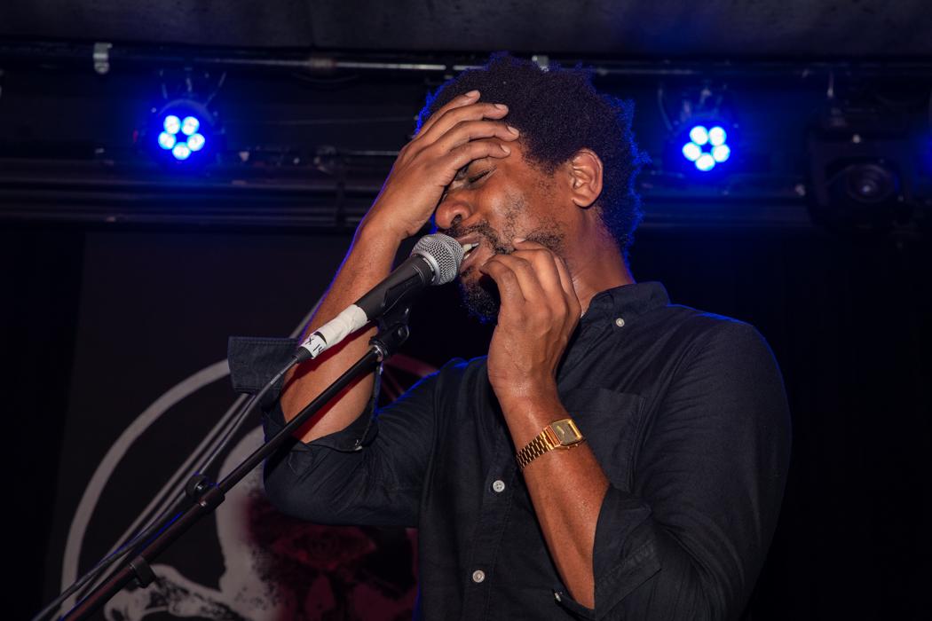 Algiers performing