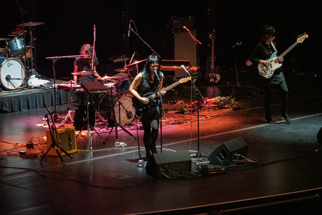 Thao performing at Beacon Theater