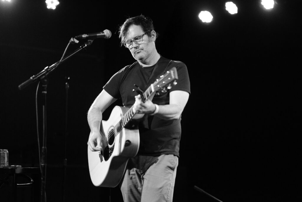 Joey Cape performing