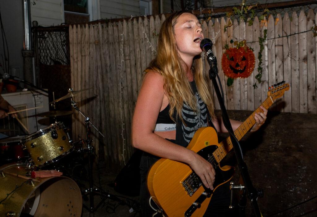 Nevva performing
